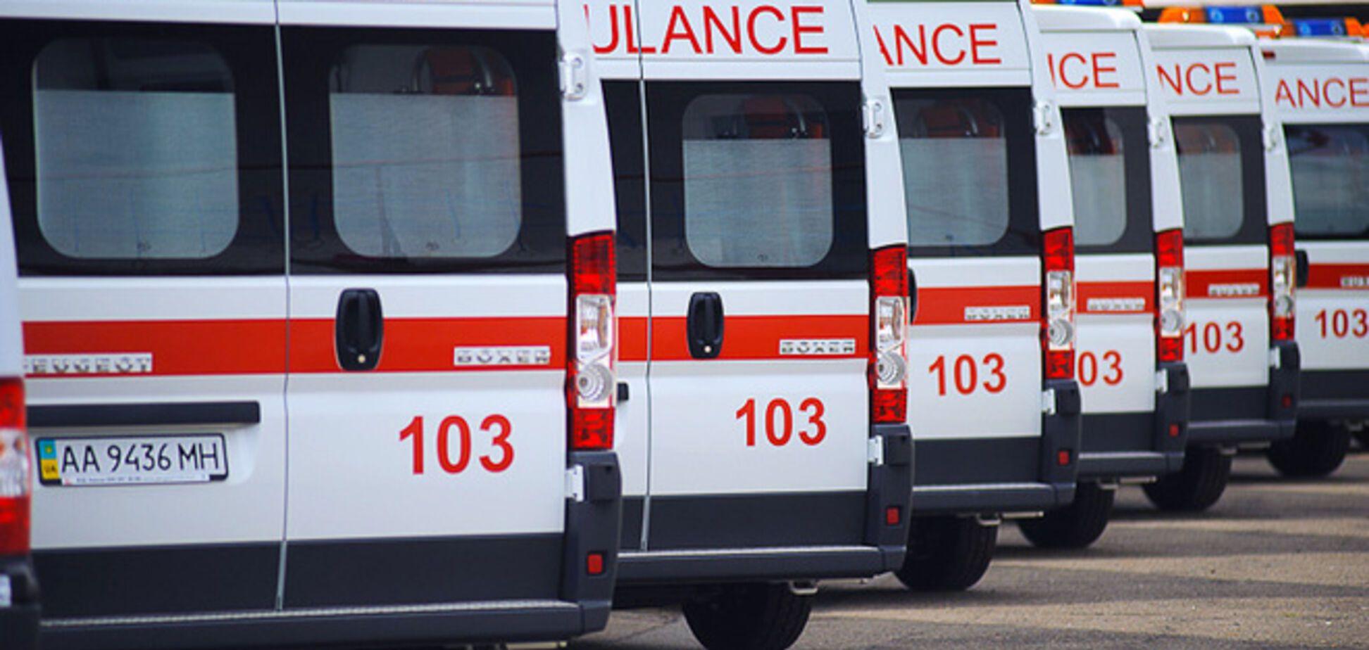 Террористы в Донецке захватили машины скорой помощи