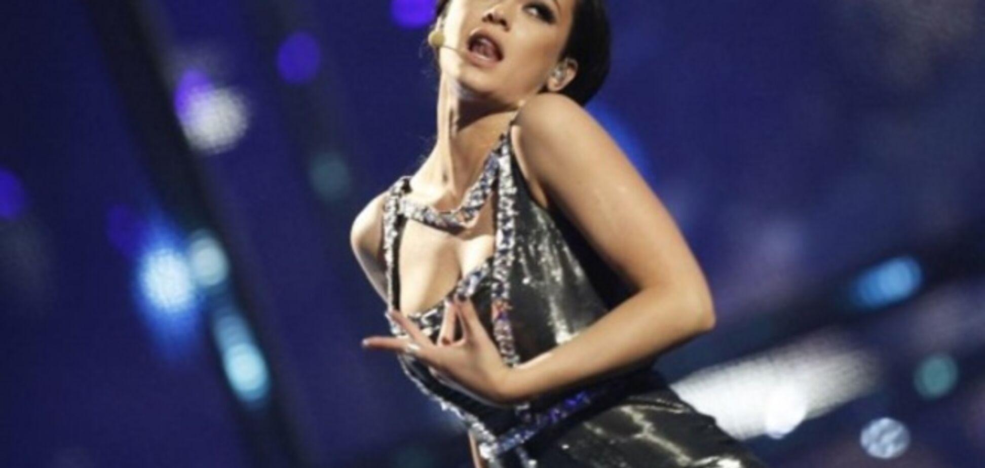 Яремчук на відкриття 'Євробачення' наділу траурну одяг