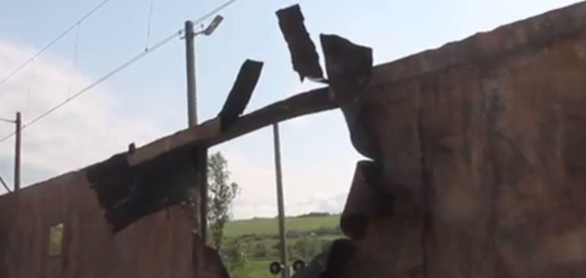 В cети появилось видео уничтоженного в Славянске бронепоезда террористов