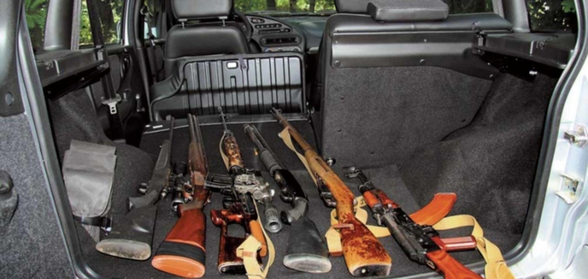 В Донбассе автосалоны создали самооборону для защиты от боевиков