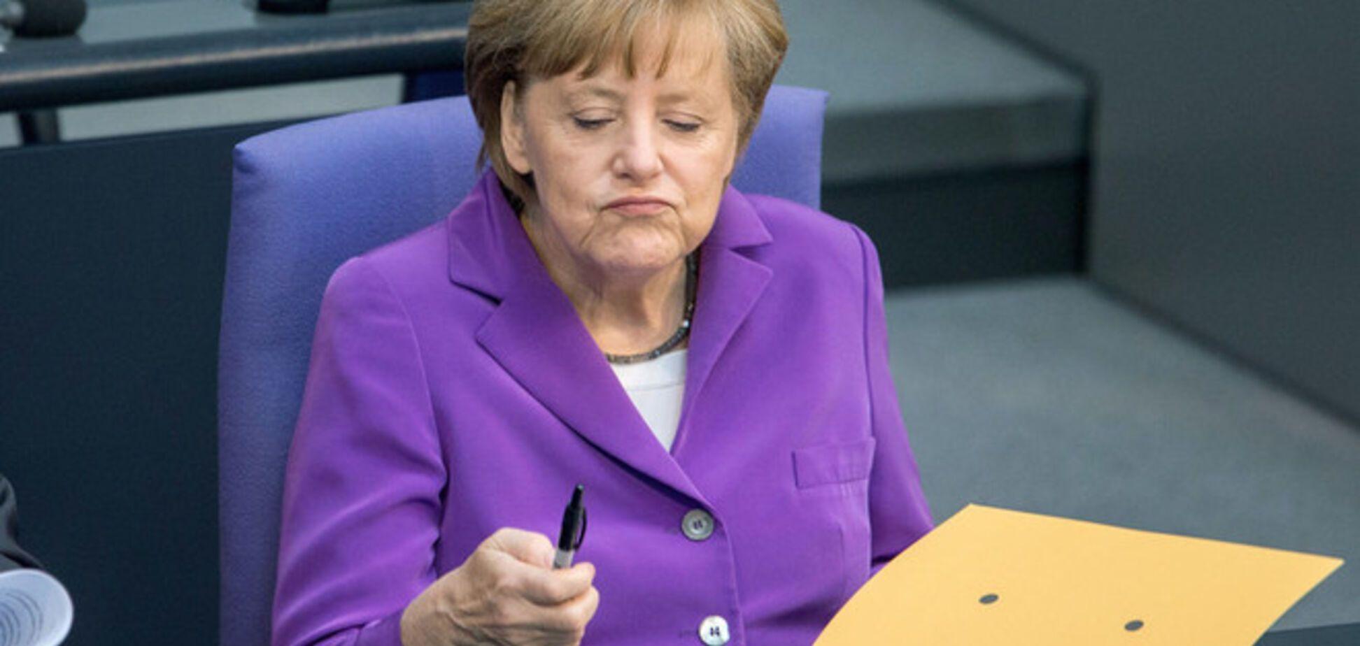 Путін проводить застарілу політику розділу сфер впливу - Меркель