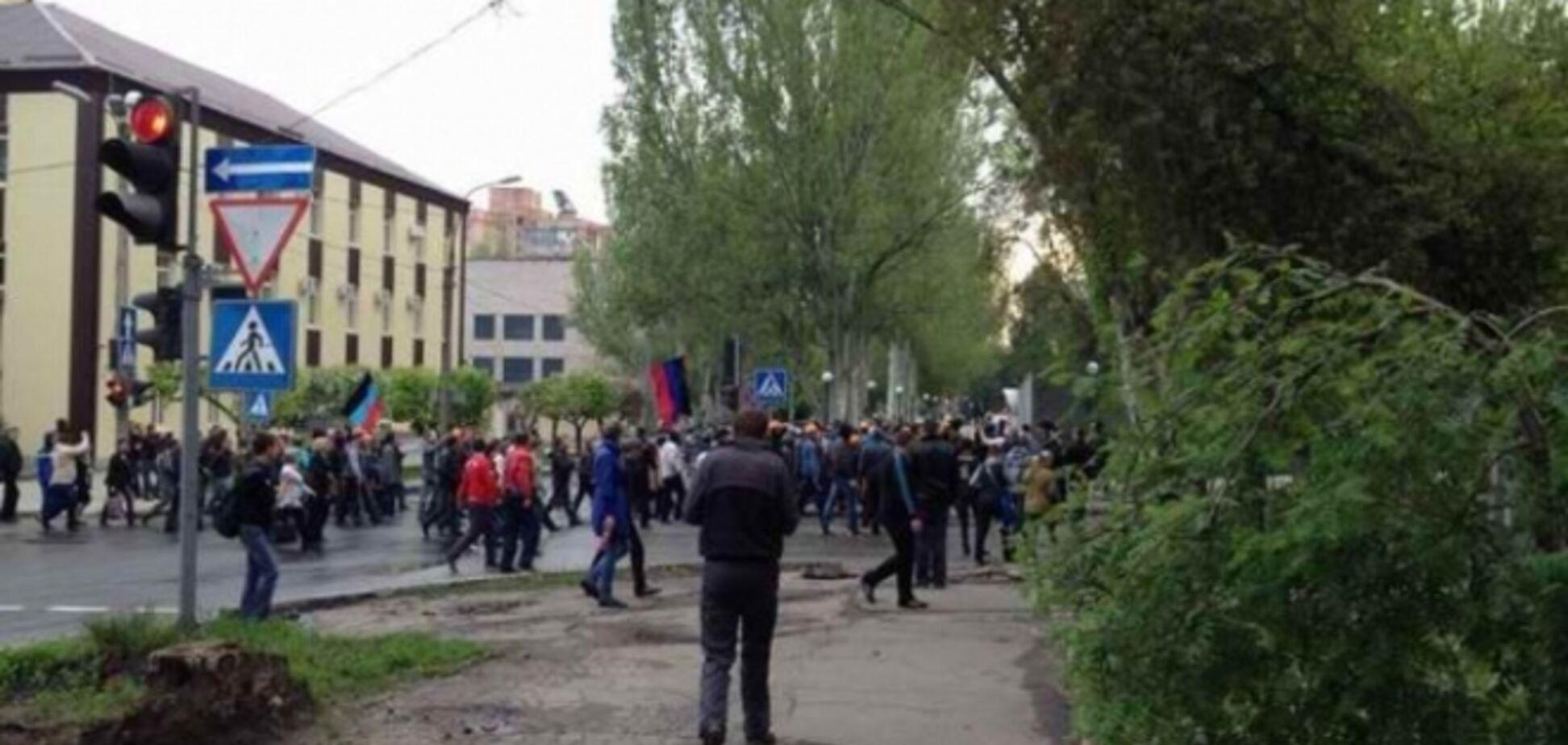 У Донецьку терористи відкрили вогонь при штурмі санаторію. Військові здали зброю - ЗМІ