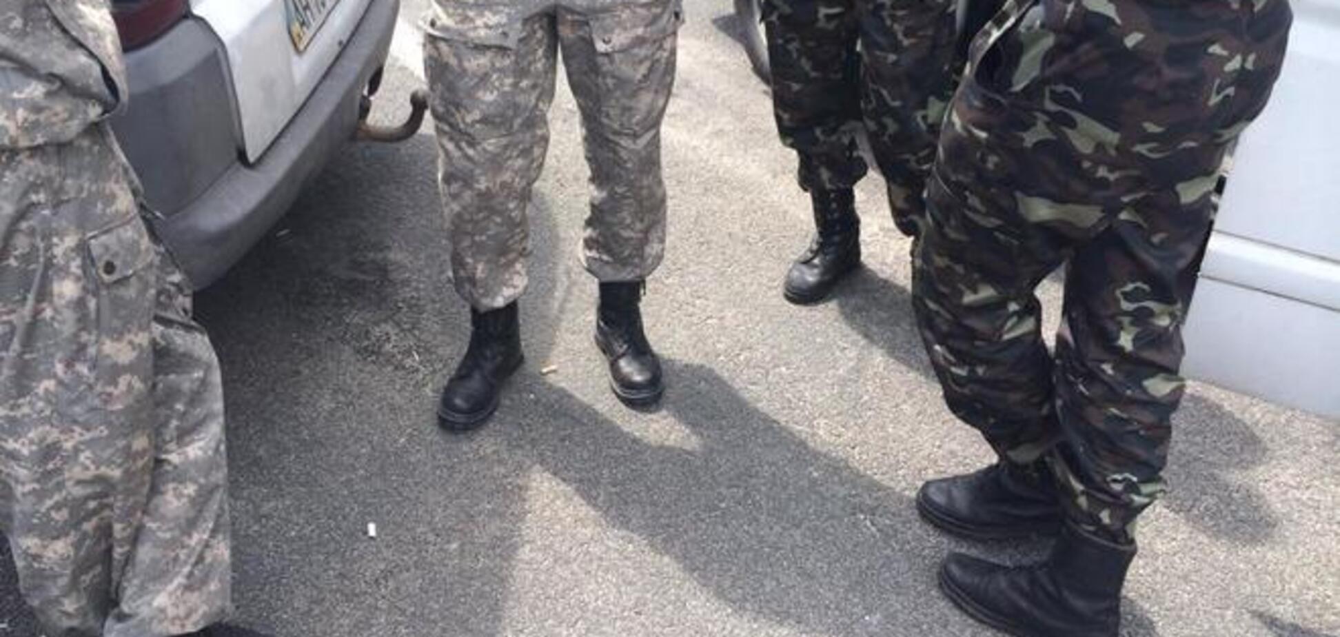 'Донбасс' собрал на Майдане четыре автобуса мобилизованных