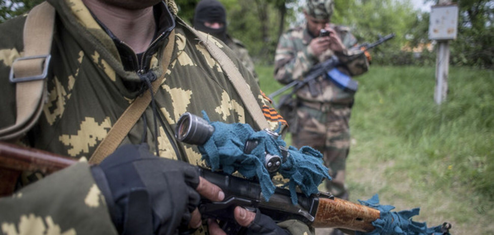 На Луганщине террористы напали на военные части