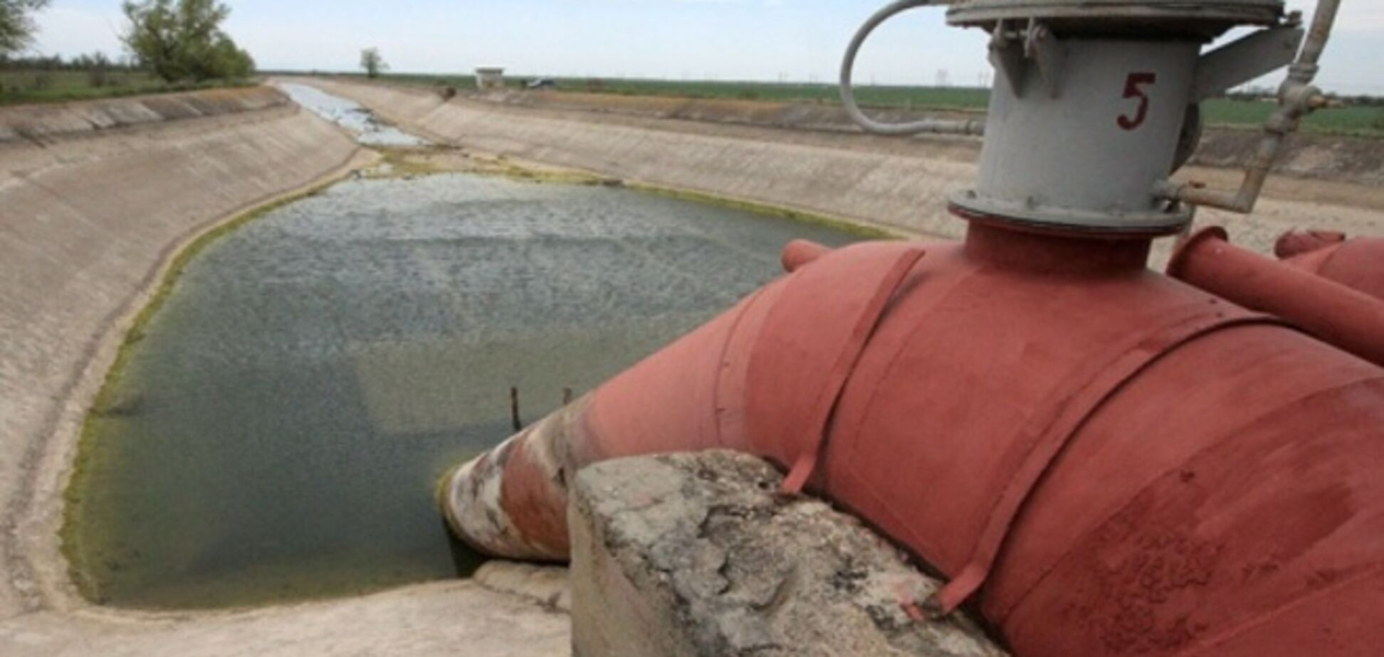Крымские марионетки Кремля назвали цену на воду из Украины