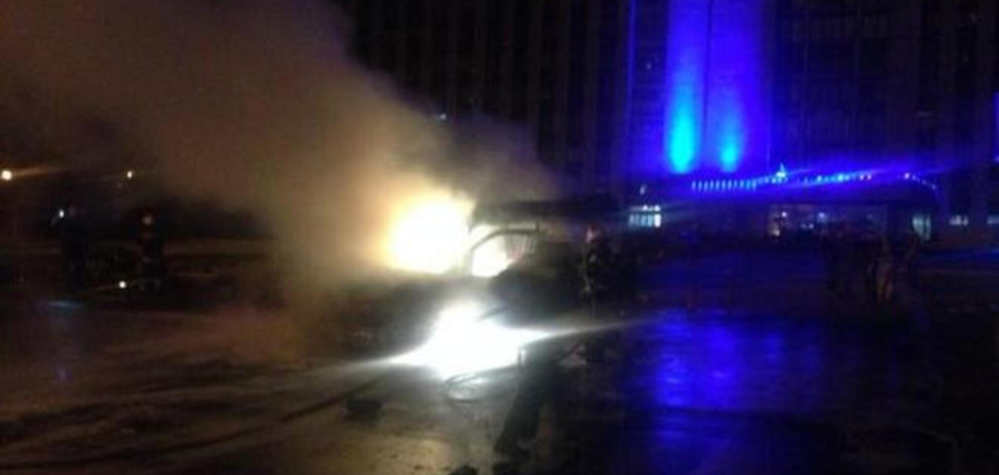 У Донецьку вибухнула машина Пушіліна, є постраждалі