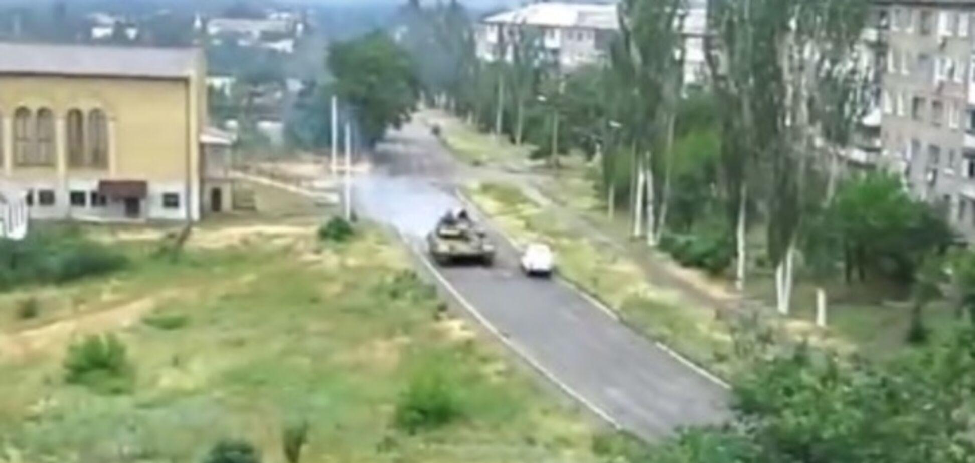 Силы АТО атаковали танки, которые направились из Снежного в Горловку
