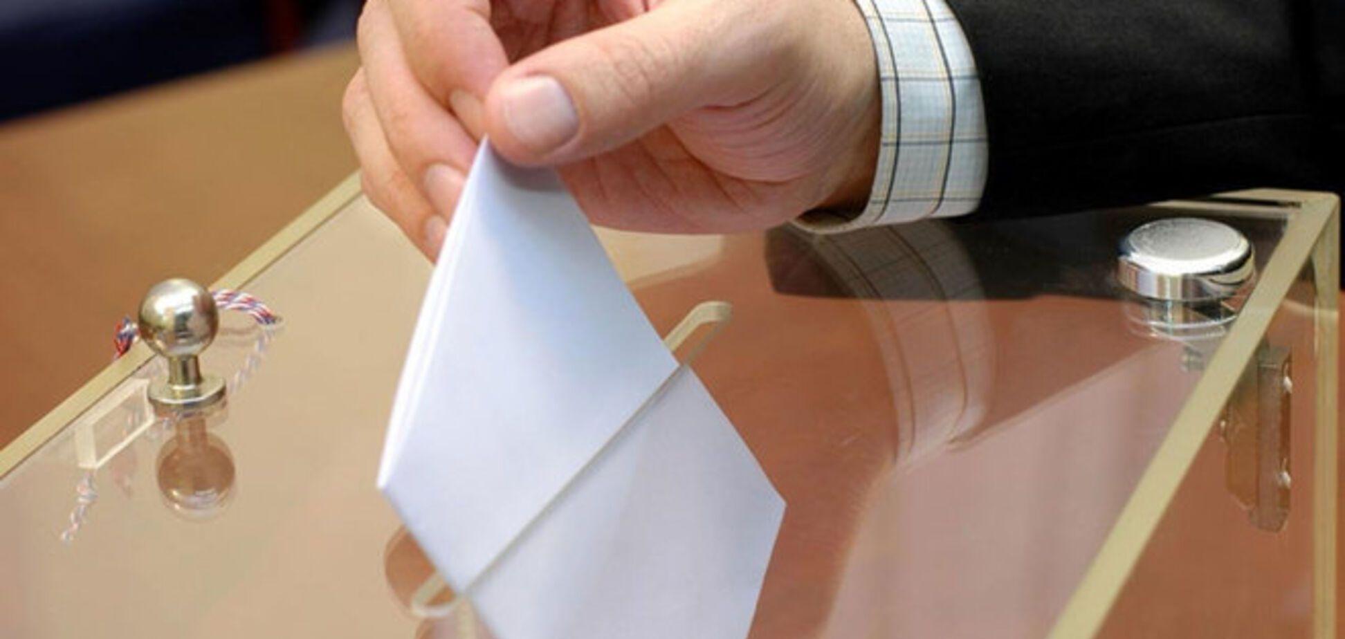 Один голос избирателя Порошенко обошелся в 15 раз дешевле, чем Добкину