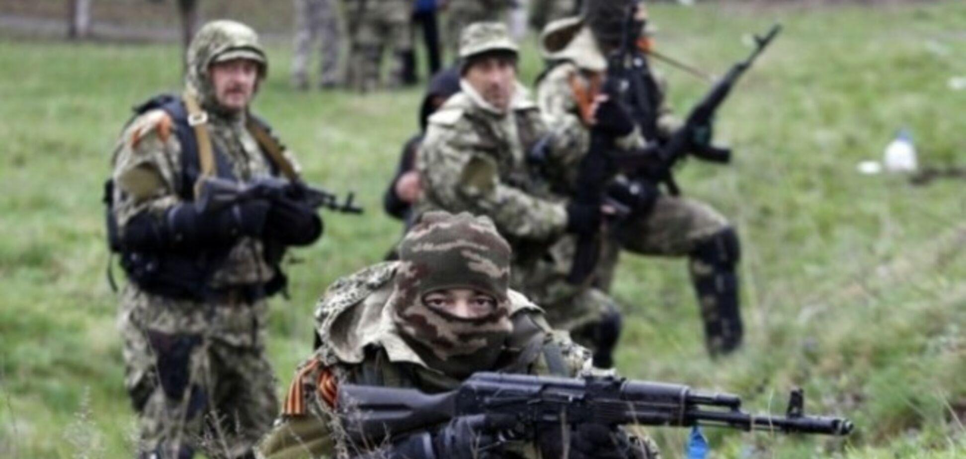 Пригород Славянска обстреляли зажигательными бомбами – российские СМИ