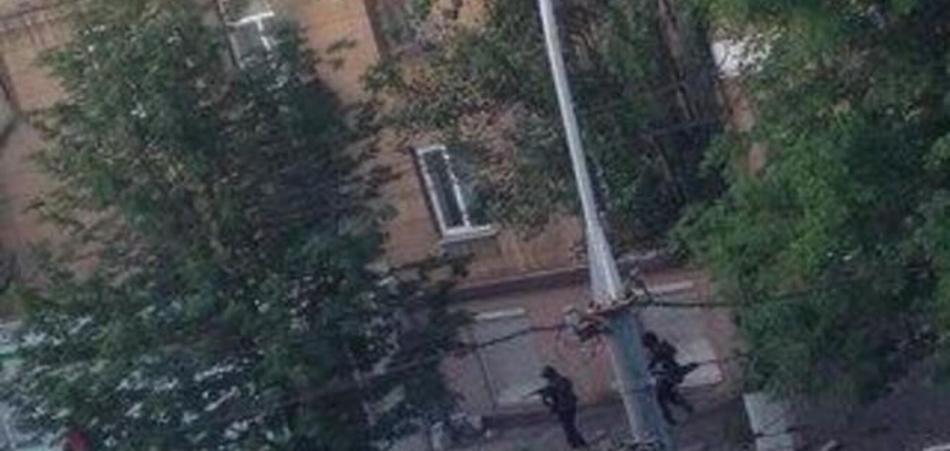 В Мариуполе с утра идут ожесточенные бои сил АТО с террористами