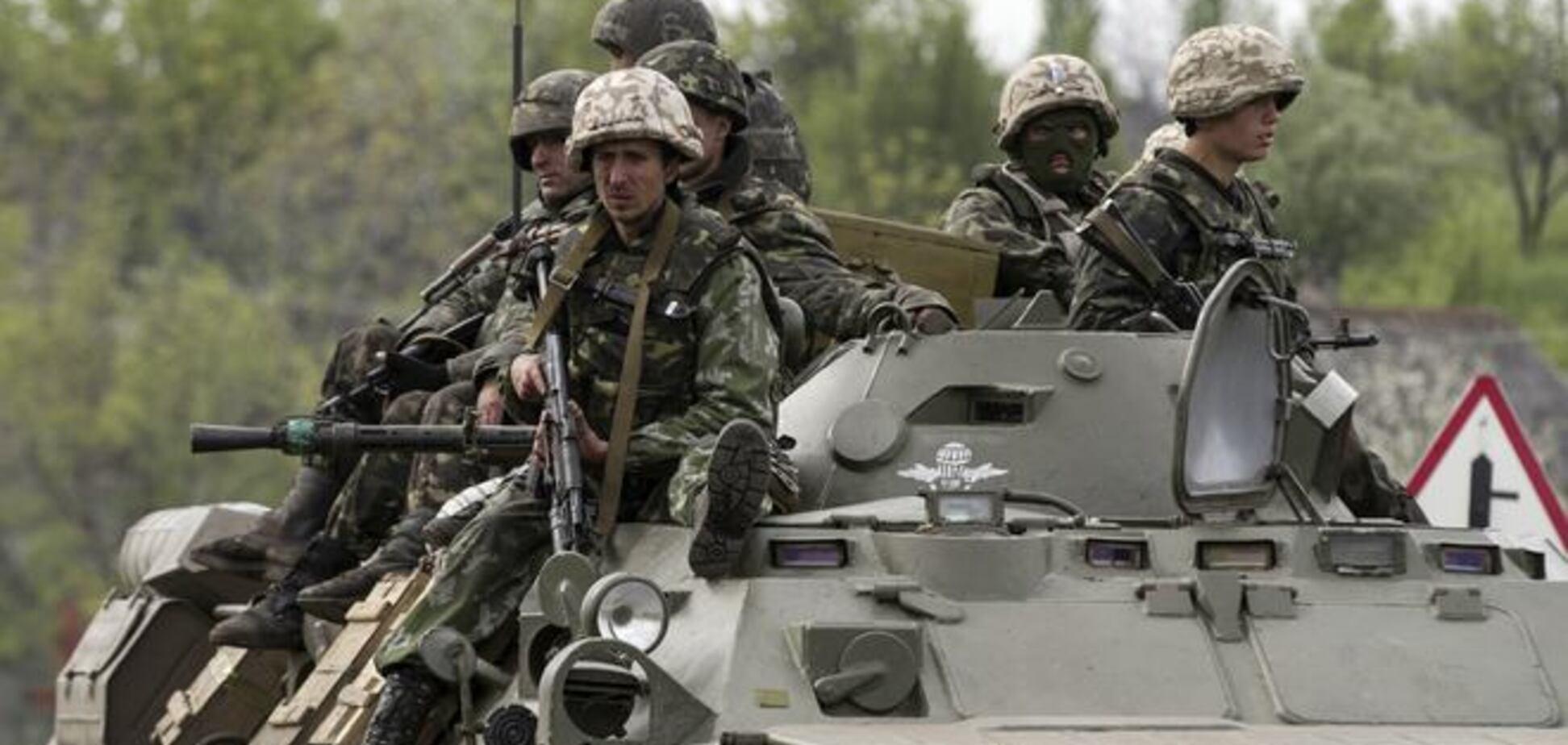 В результаті нападу на колону українських військових на Донеччині загинули 3 силовика, 26 постраждали - ГПУ