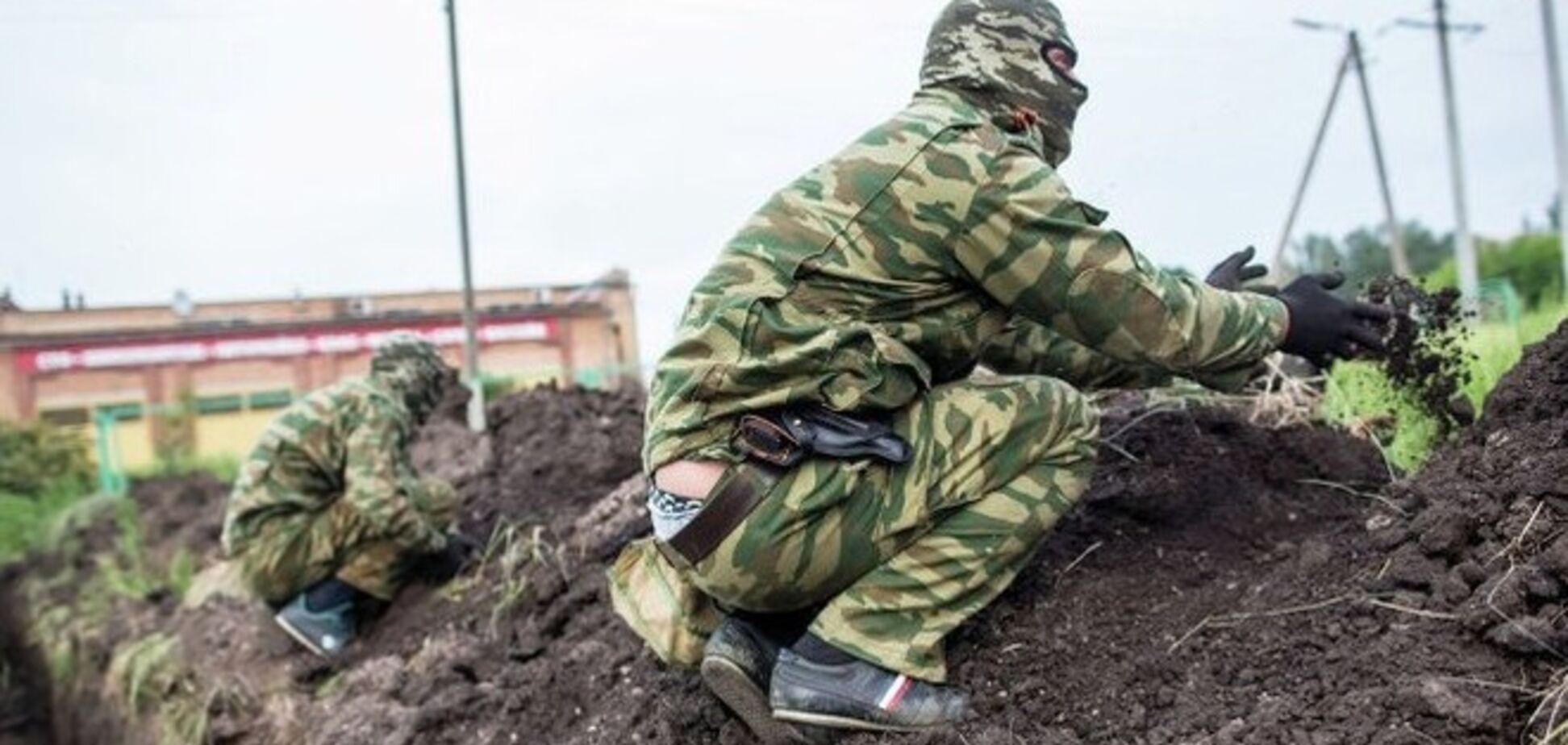 Зампрокурора Славянска террористы отправили рыть окопы