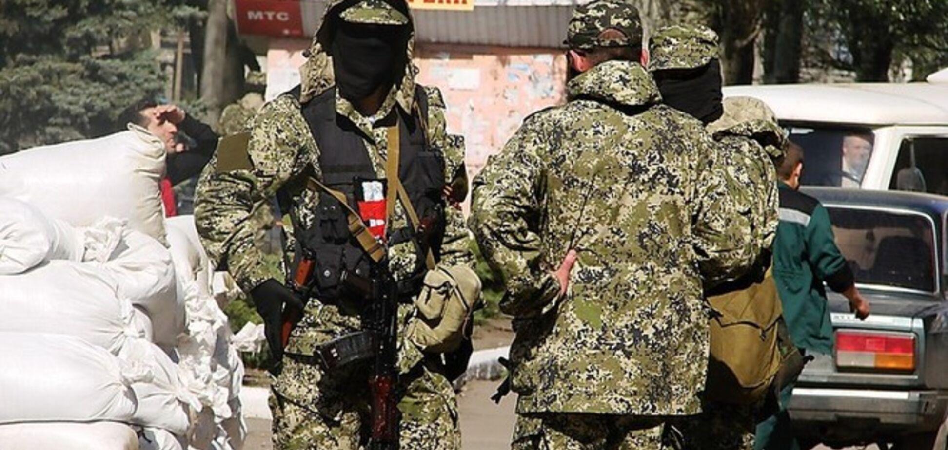 На Донеччині терористи змушують мирне населення будувати барикади