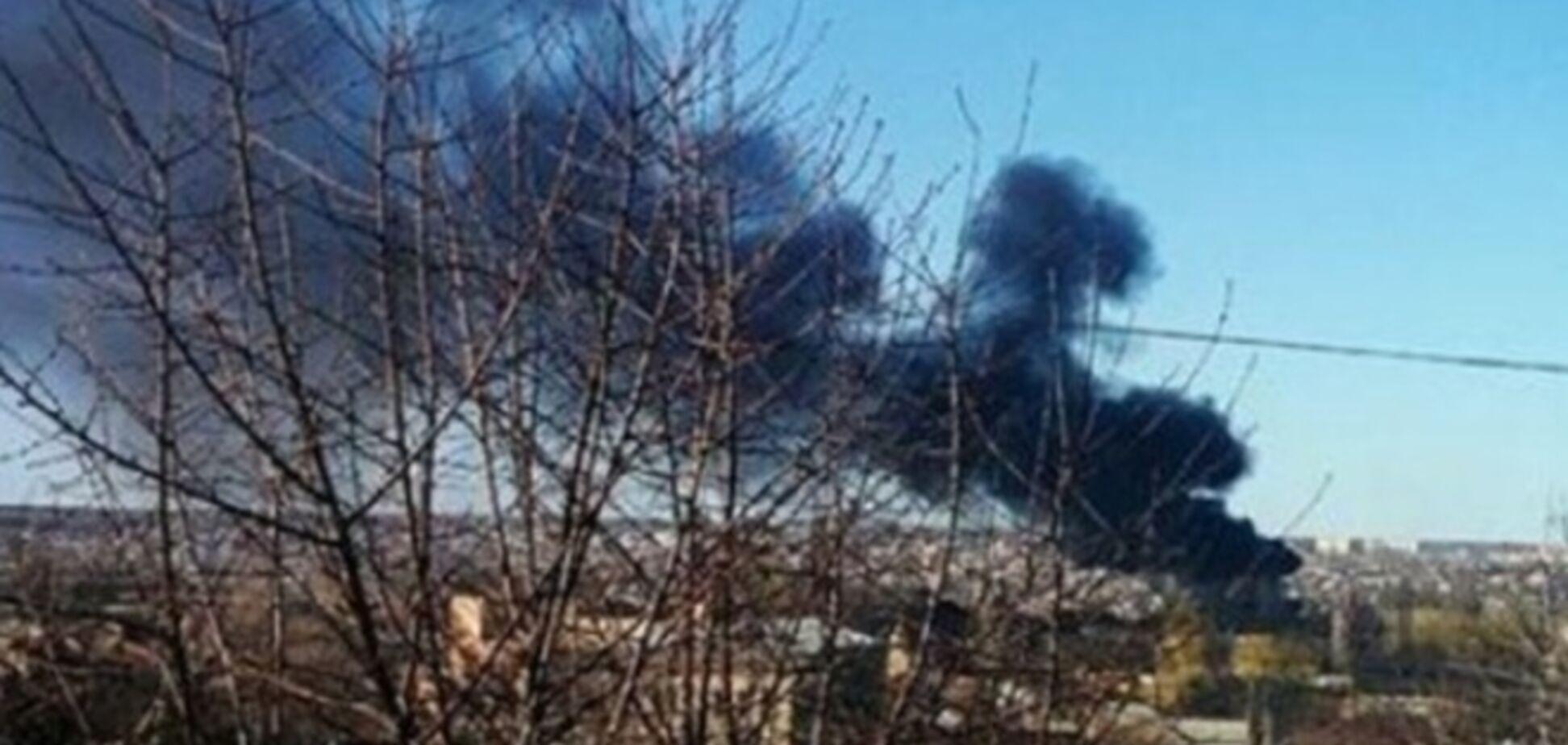 В Луганске снаряд попал в жилой дом: жители эвакуированы