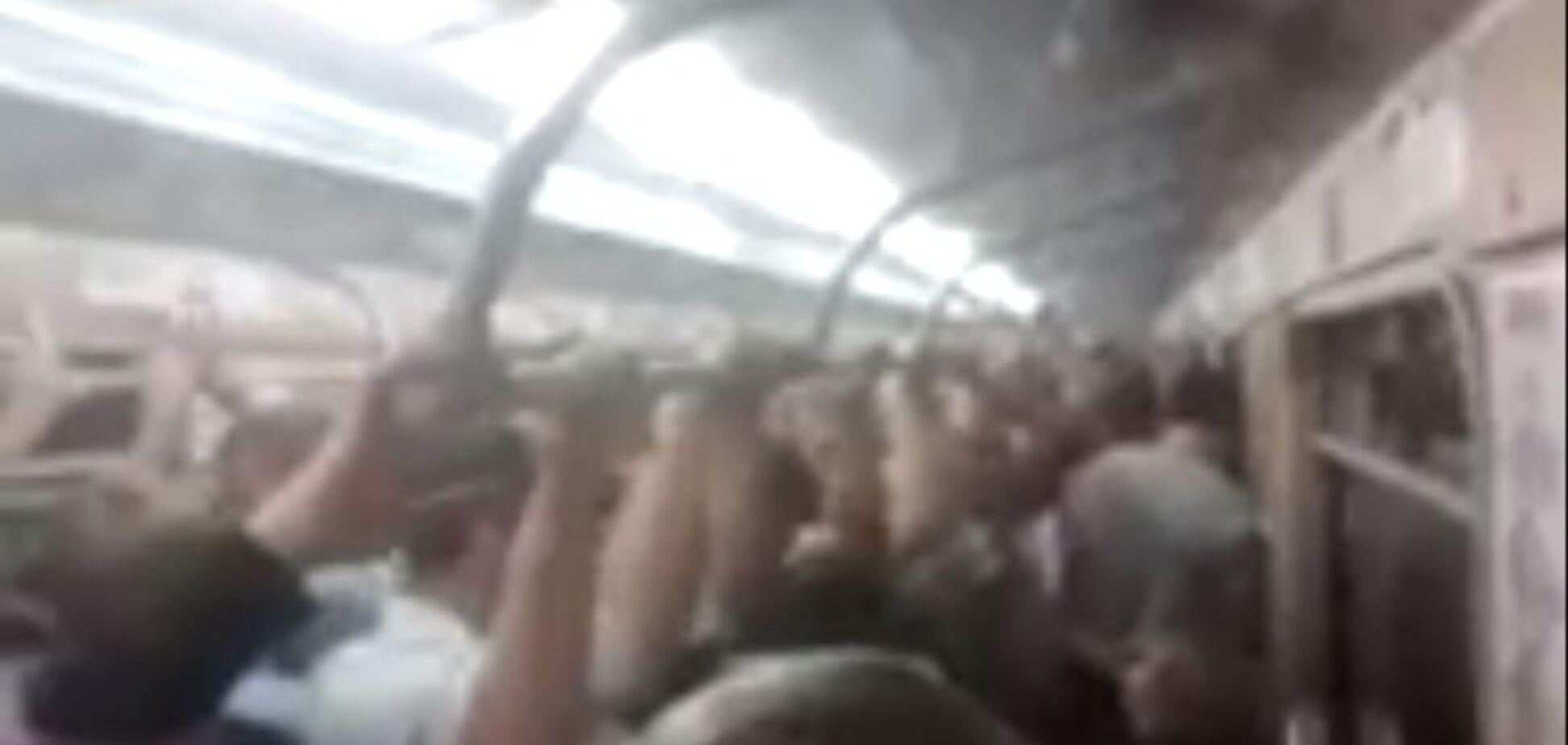 В Харькове сепаратиста вытолкали из метро выкриками 'Слава Україні'