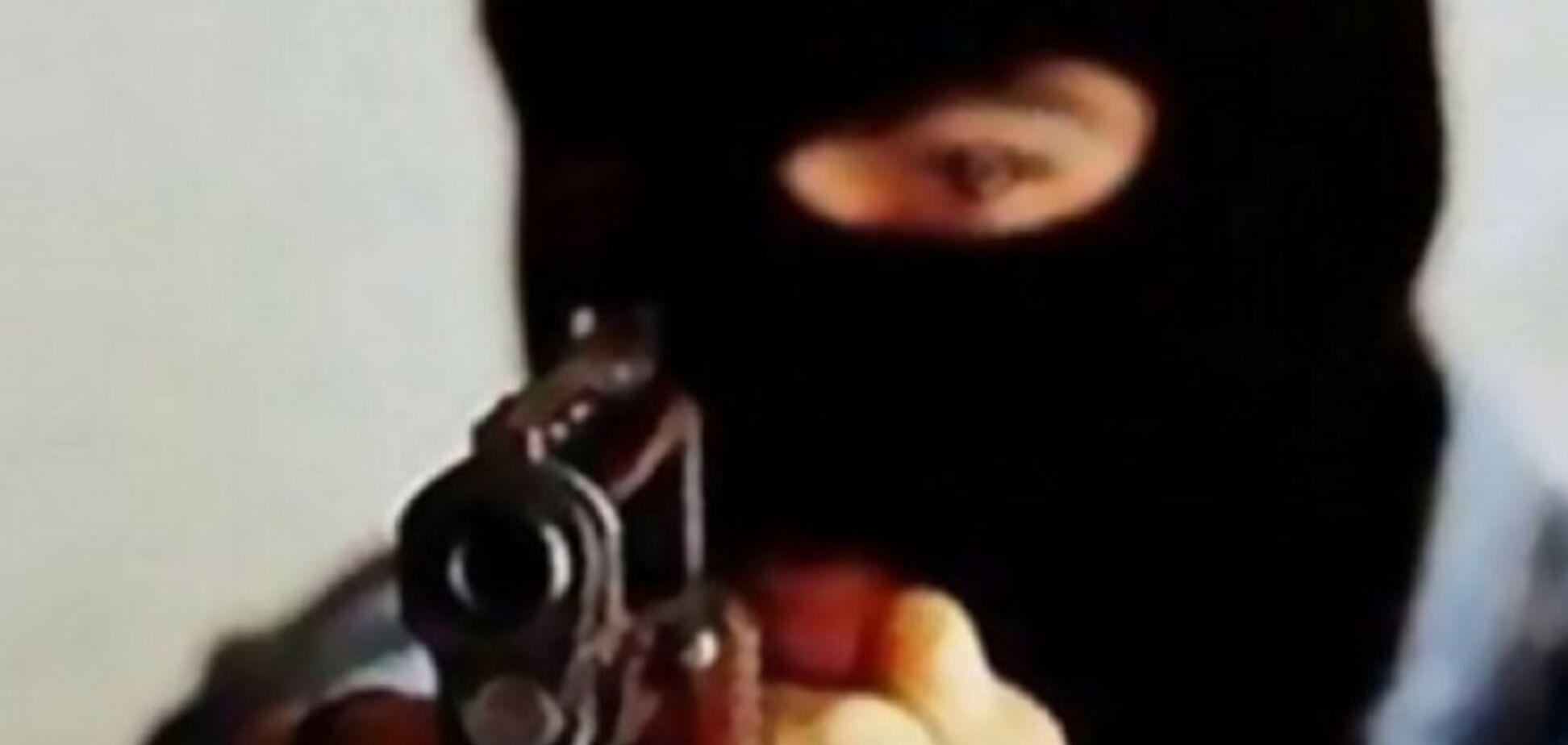 Вооруженные бандиты ограбили квартиру в центре Киева