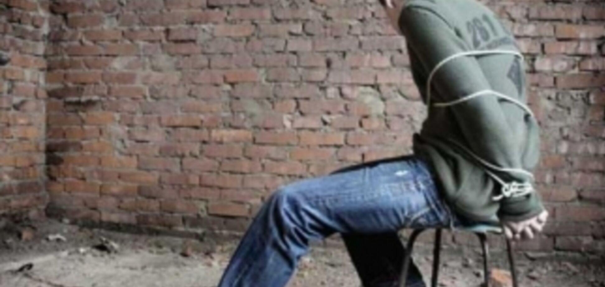 В Киеве преступники держали бизнесмена в плену 20 часов