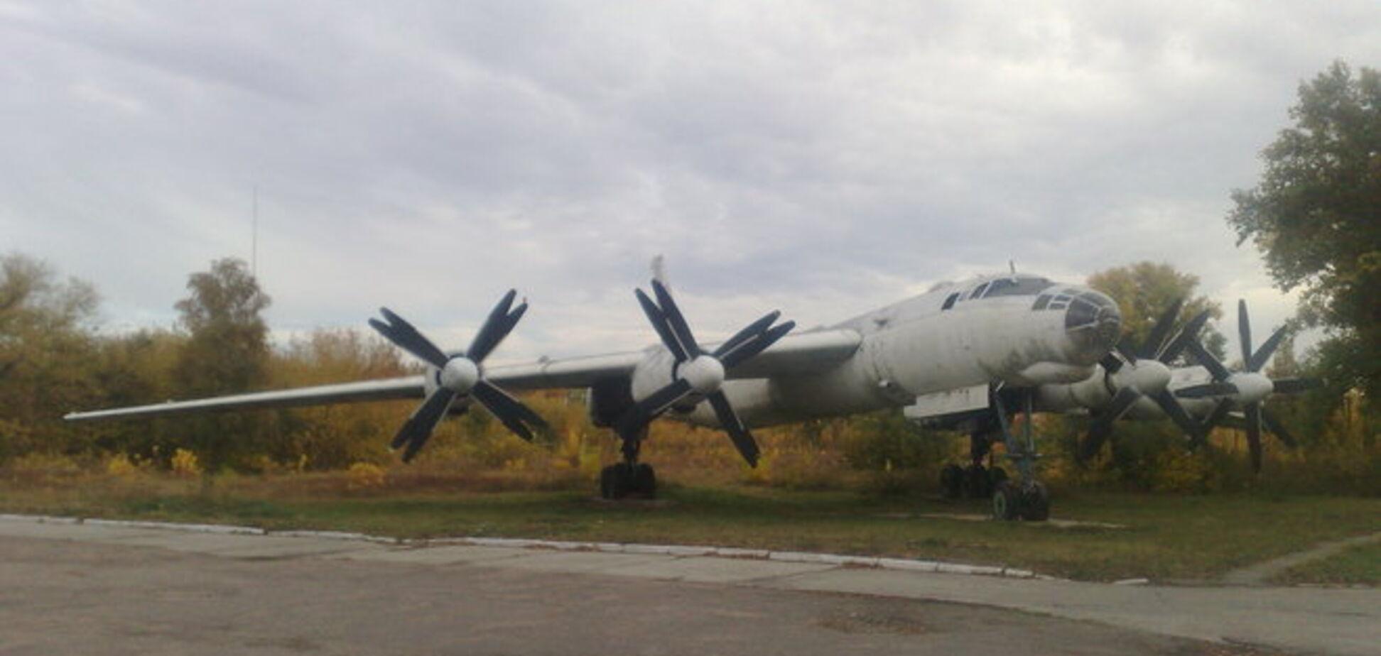 Военный аэродром на Киевщине через суд пытаются прибрать к рукам частные фирмы