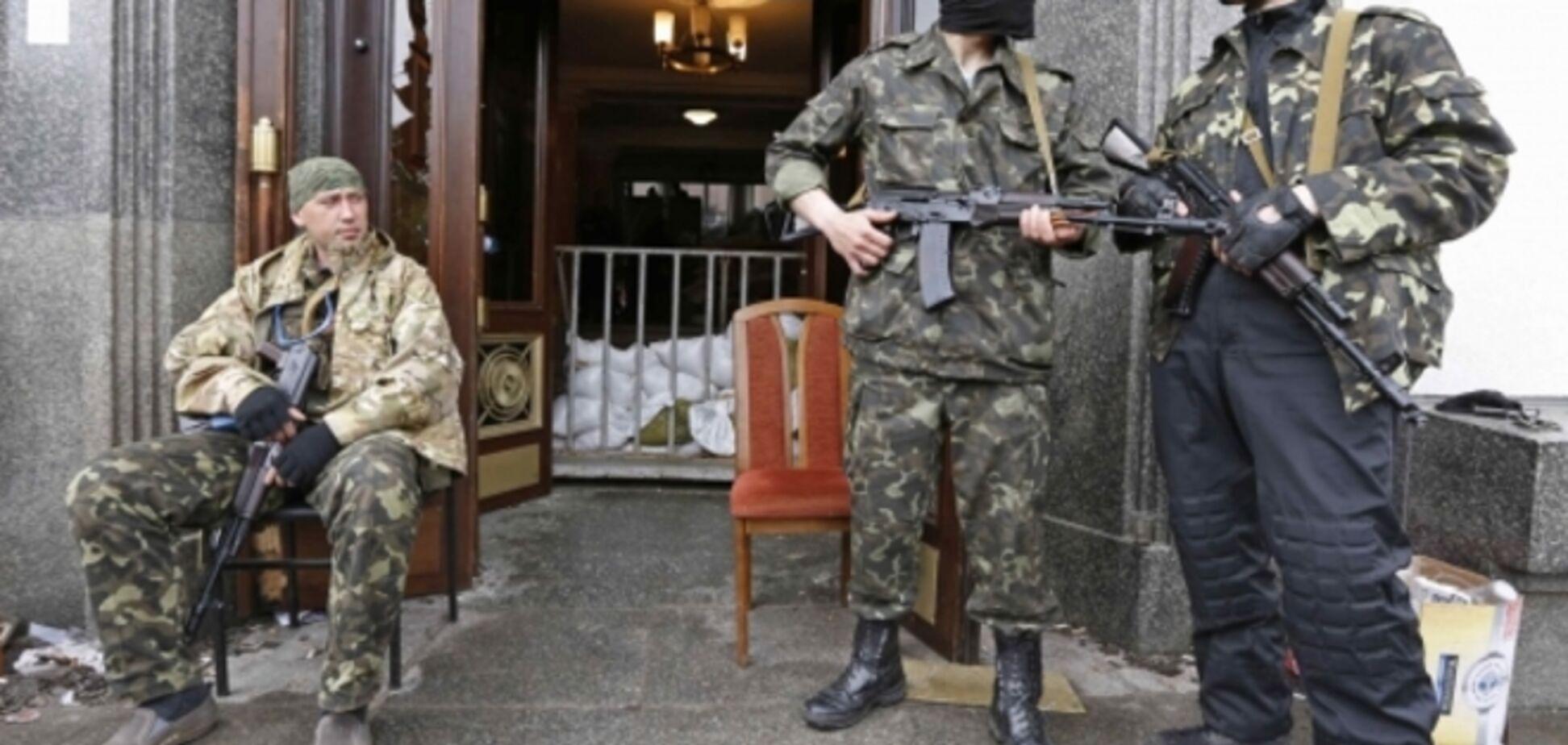 В Луганске террористы захватили предприятие и угнали 17 автомобилей
