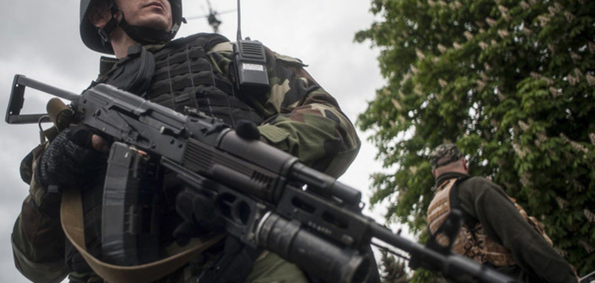 В ходе боев с террористами на границе ранили российского таможенника