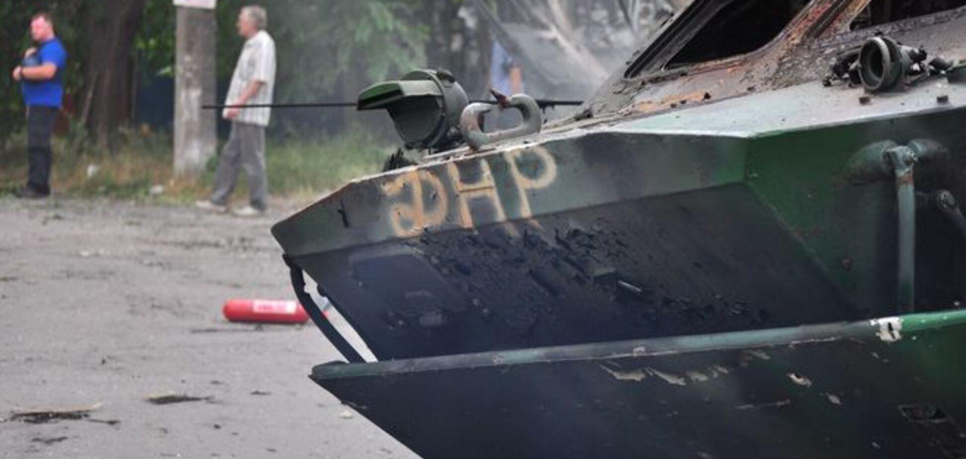 Близ Красного Лимана украинские военные захватили БРДМ и 'КамАЗ' террористов