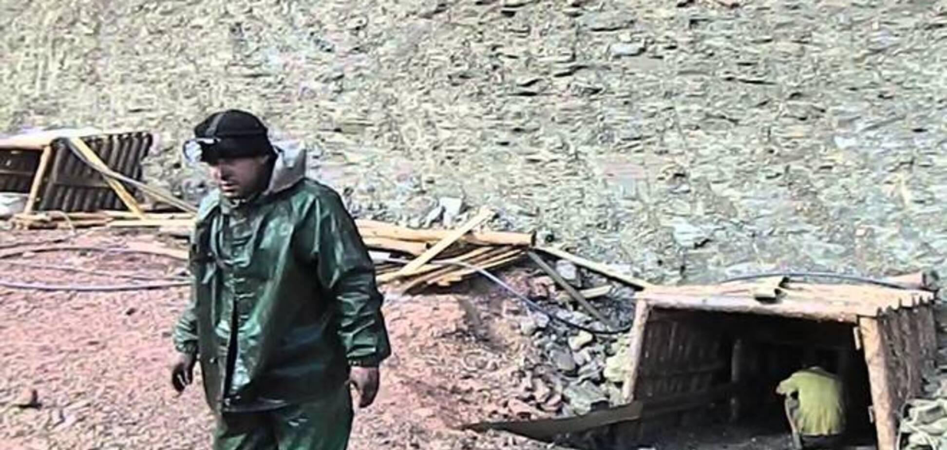На Донеччині врятували чотирьох з шести гірників, які загубилися в копанці, ще один загинув