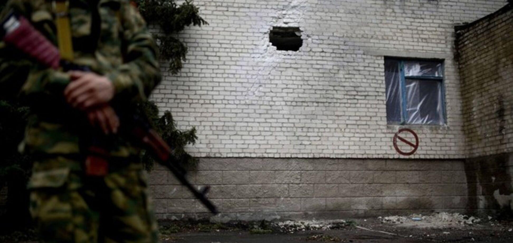 В Артемовске террористы атаковали танковую базу из жилых домов