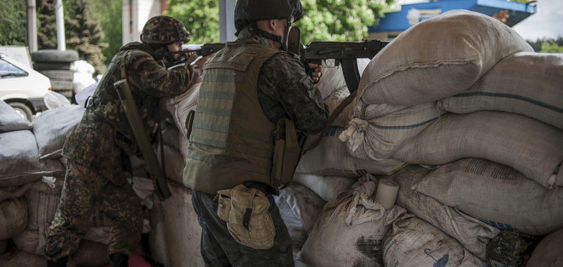 Террористы продолжают нападения на силовиков в зоне АТО