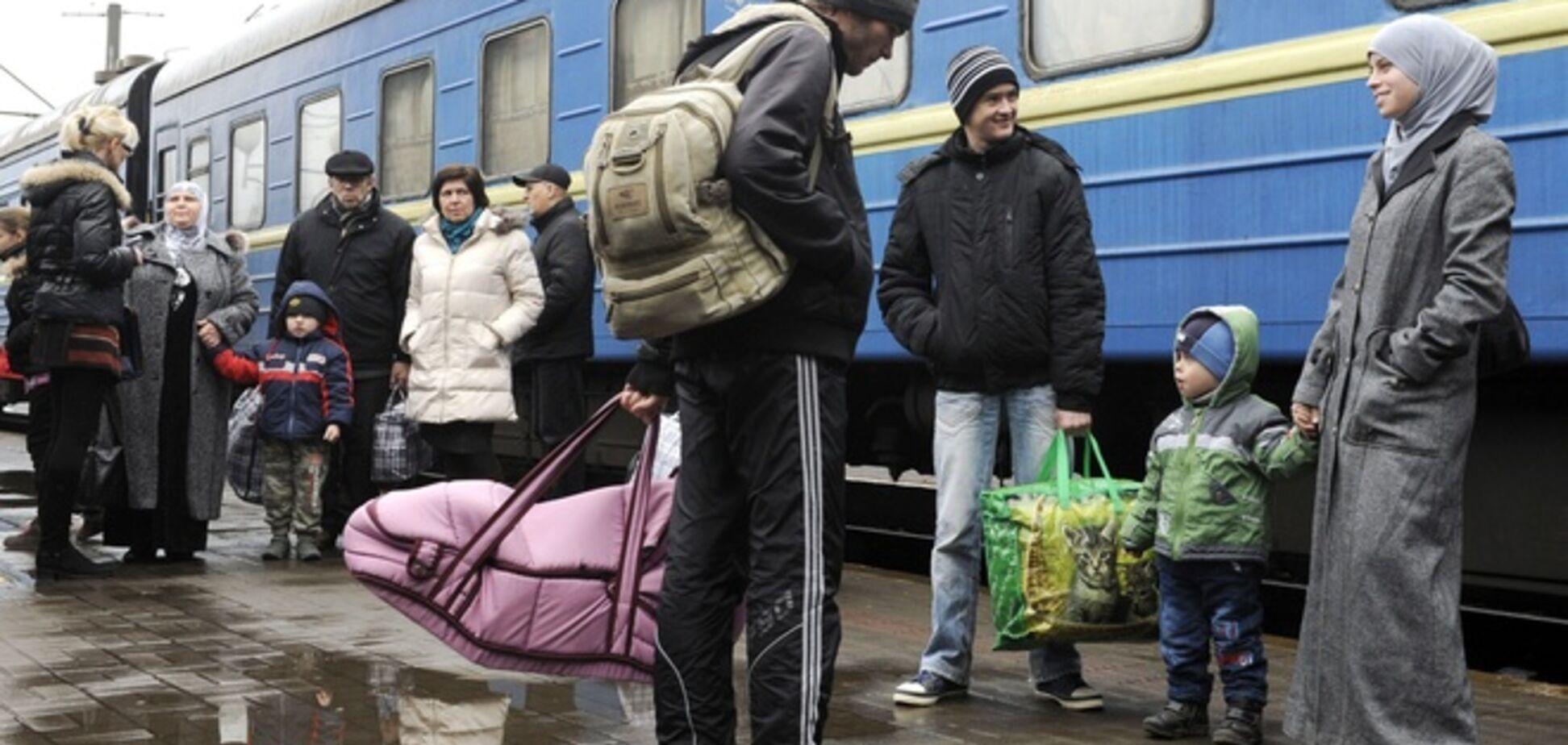 Из Крыма на материковую часть Украины выехали до 10 тыс. человек