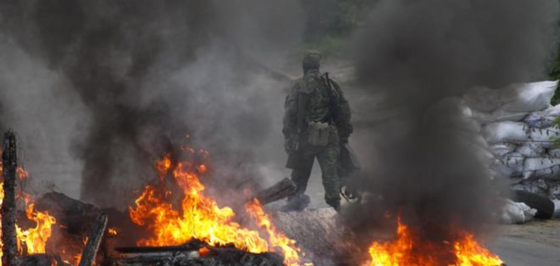 Під Слов'янськом йде інтенсивний бій: підключилася авіація, горить завод