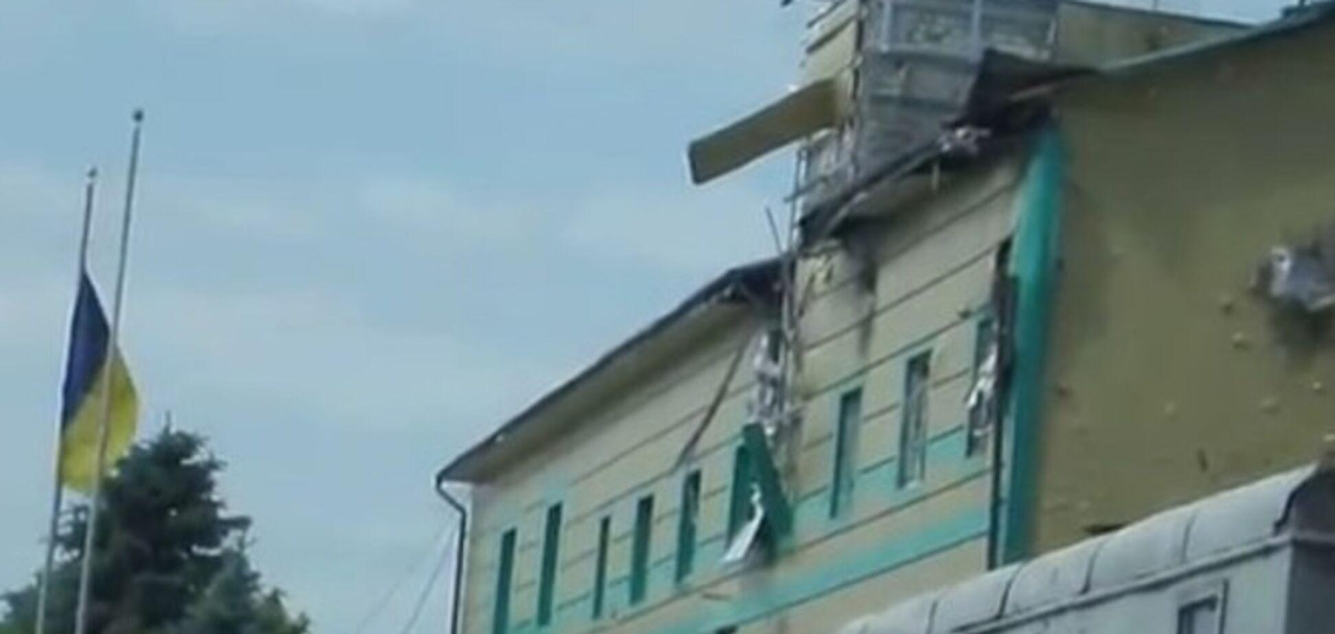 Террористы окружили Луганский погранотряд и готовят атаку