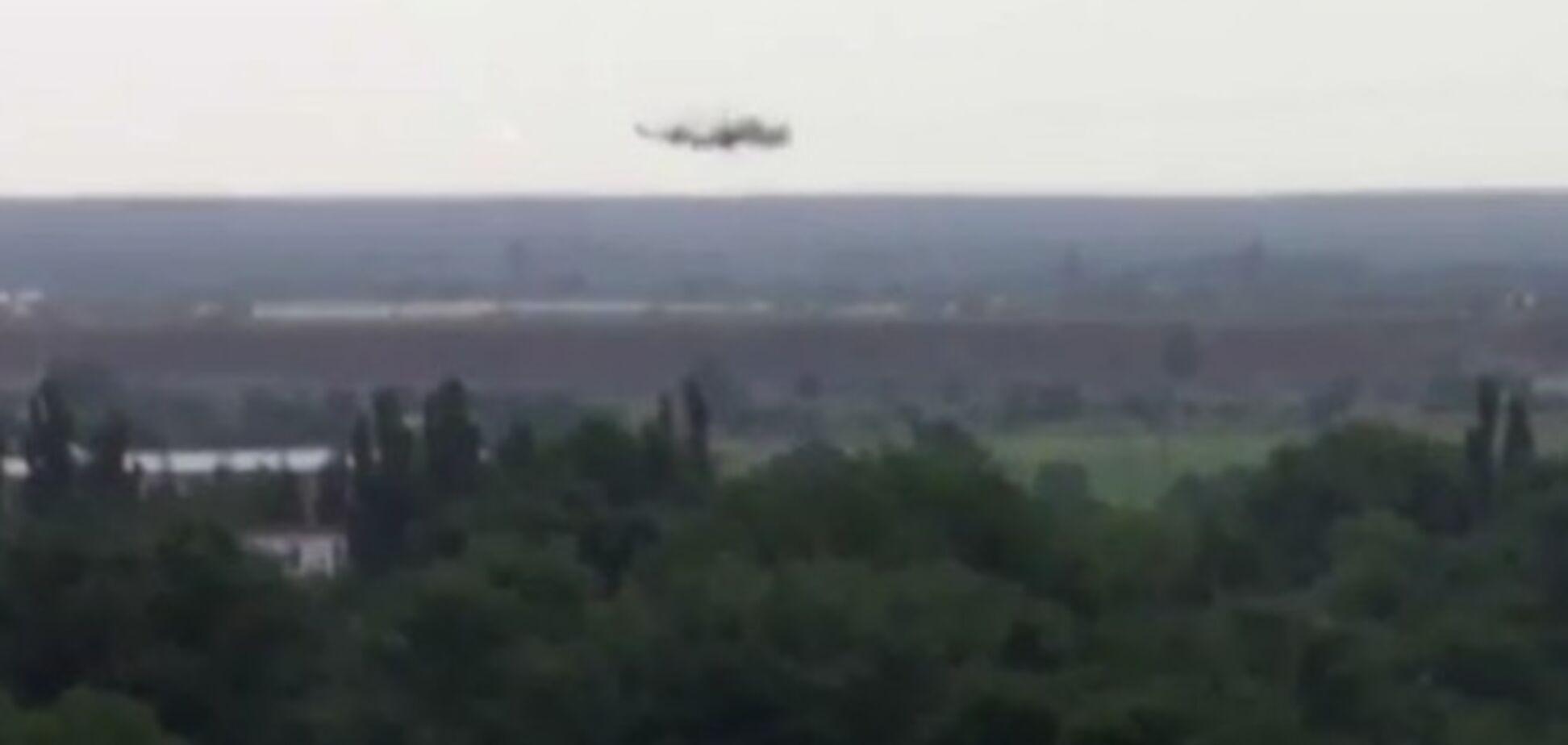В Славянске террористы сбили штурмовик СУ-25 и вертолет МИ-24 – очевидцы