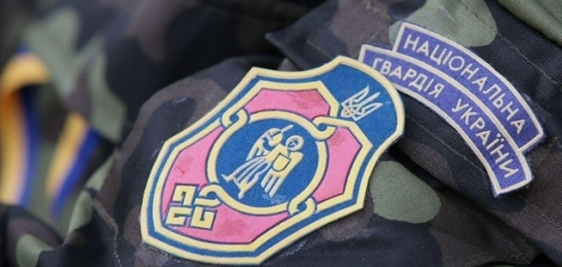 Полк Нацгвардии в Луганске штурмовали 10 часов: шесть террористов убито