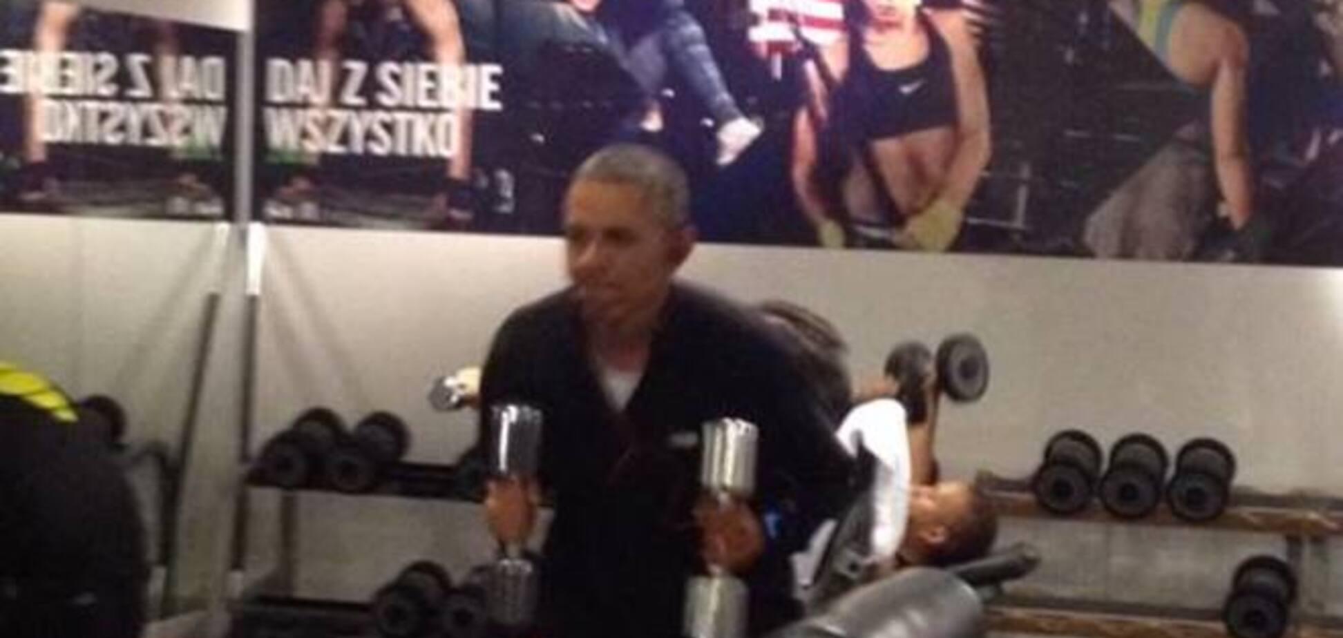 Интернет 'взорвало' видео с тренировки Обамы в тренажерном зале