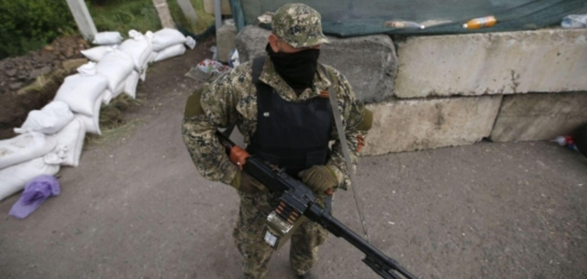 У Маринівці другий день триває бій, терористи отримують підкріплення
