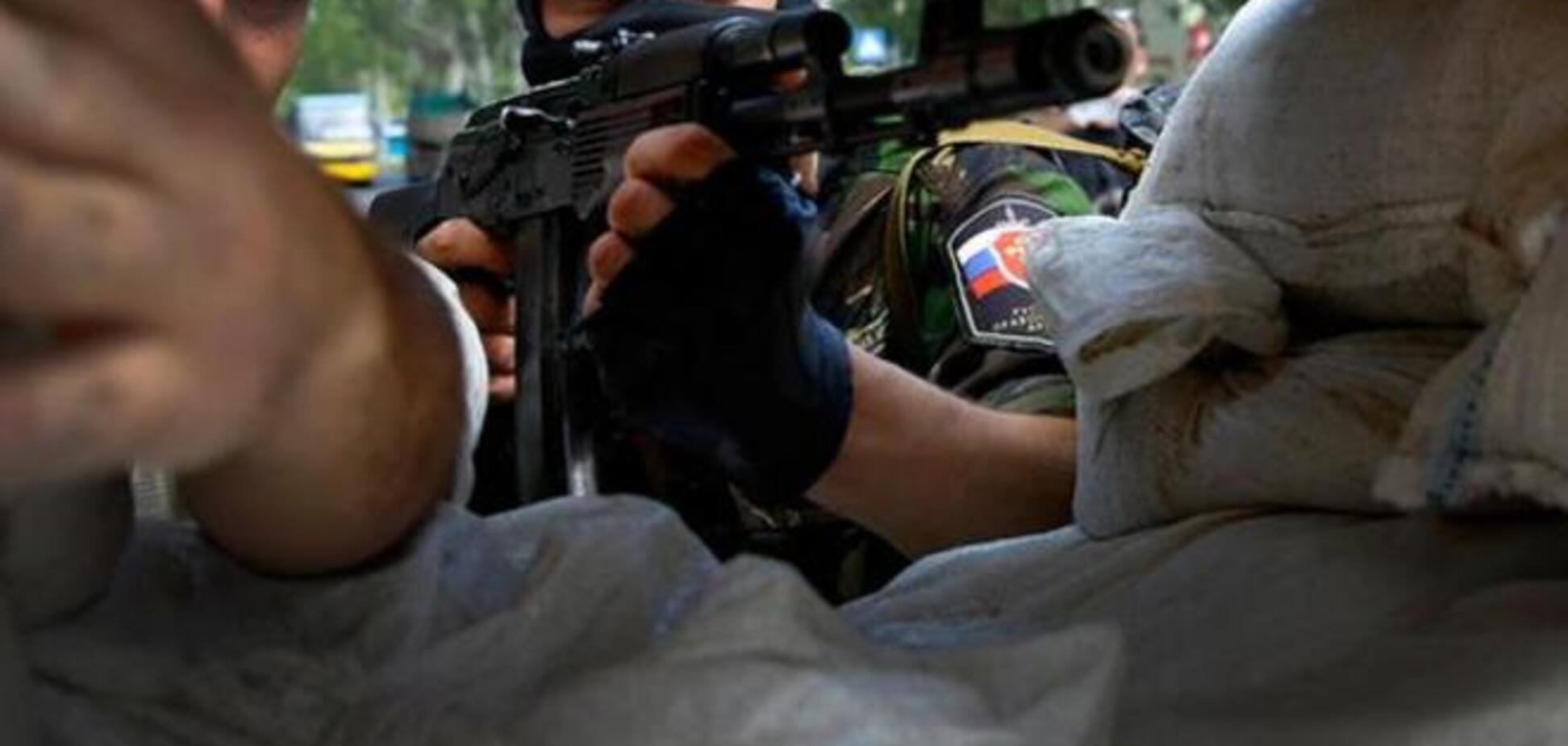 Террористы на Донбассе получают 'наличку' от курьеров из России – Тымчук