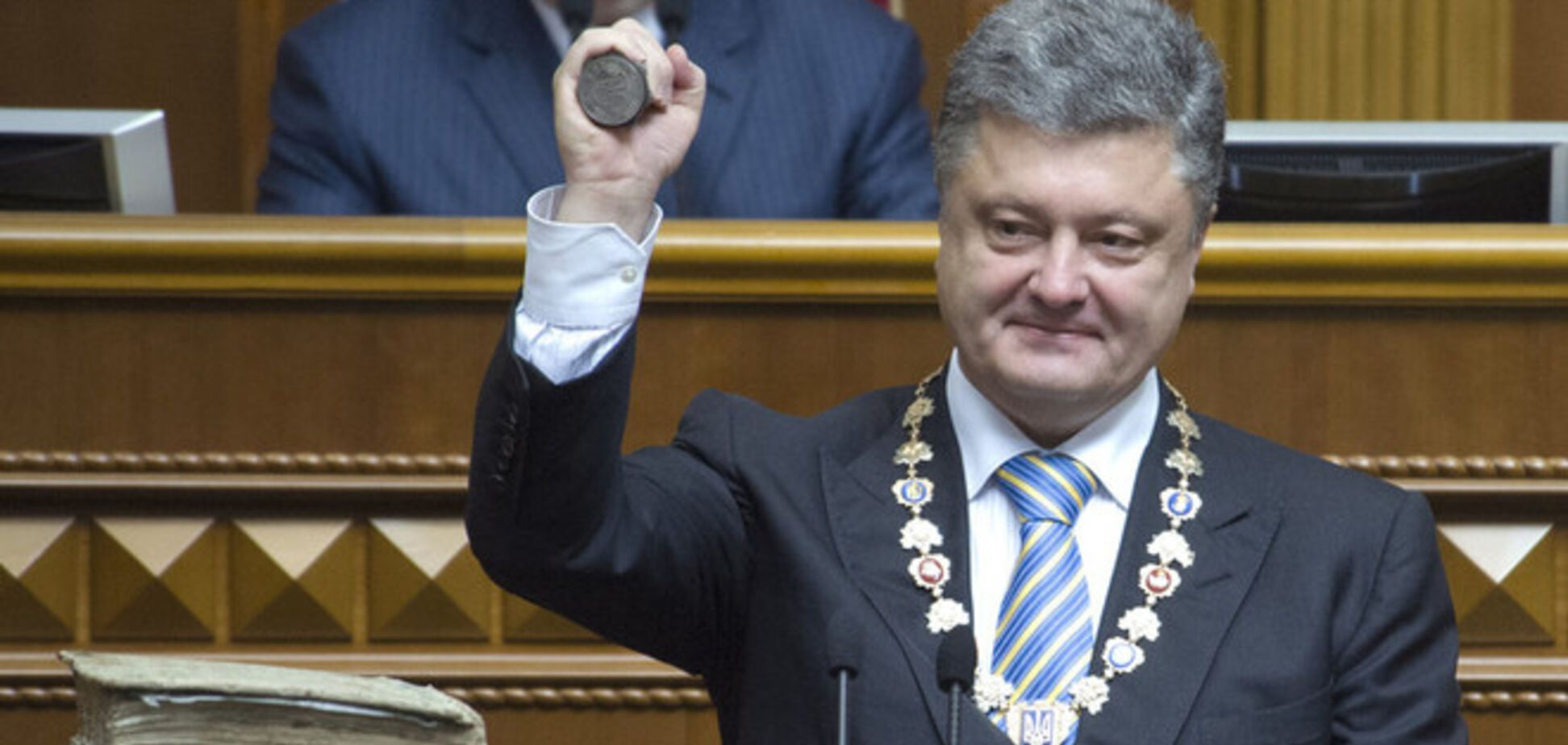 Порошенко очікує звільнення всіх заручників, утримуваних терористами, і визнання Росією виборів