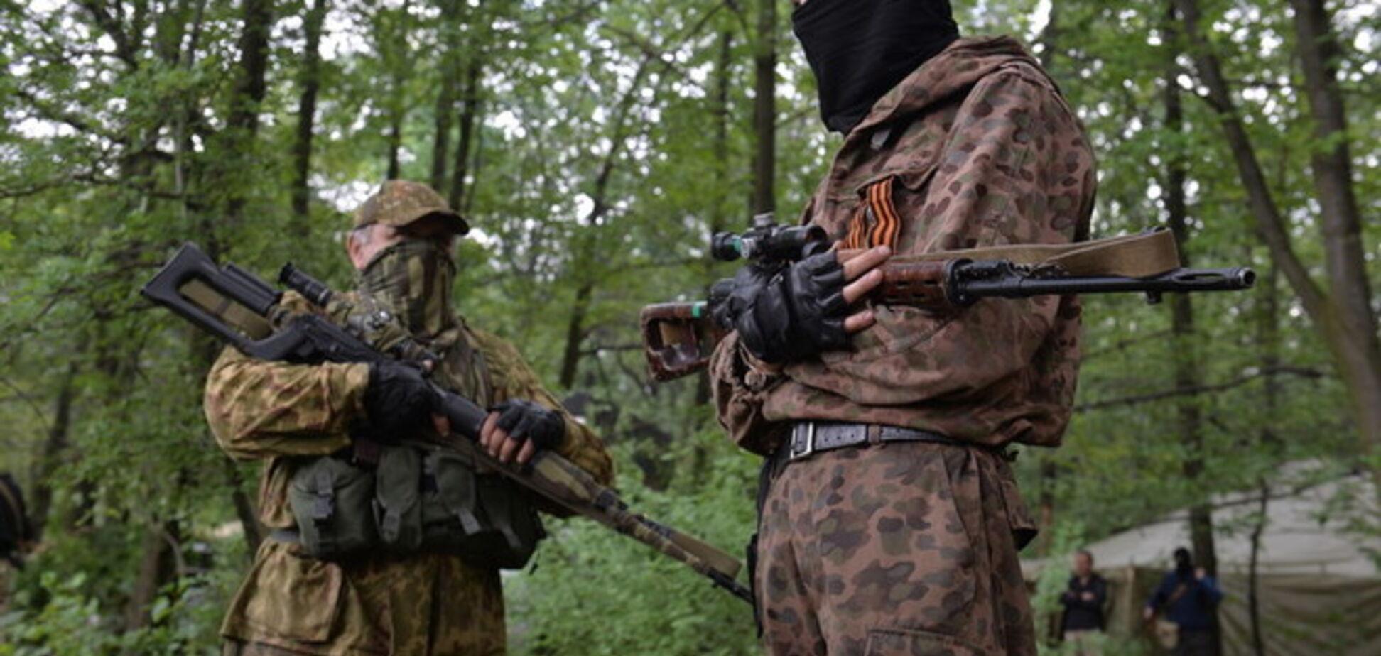 На Луганщине террористы похитили обмундирование и средства связи
