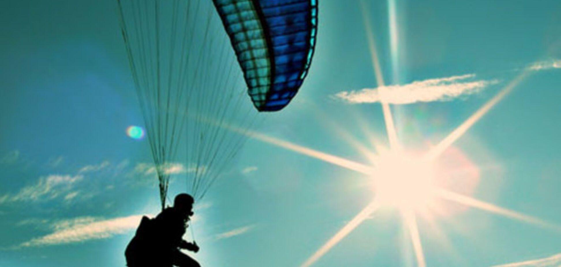 Поляк на параплані незаконно перелетів кордон України