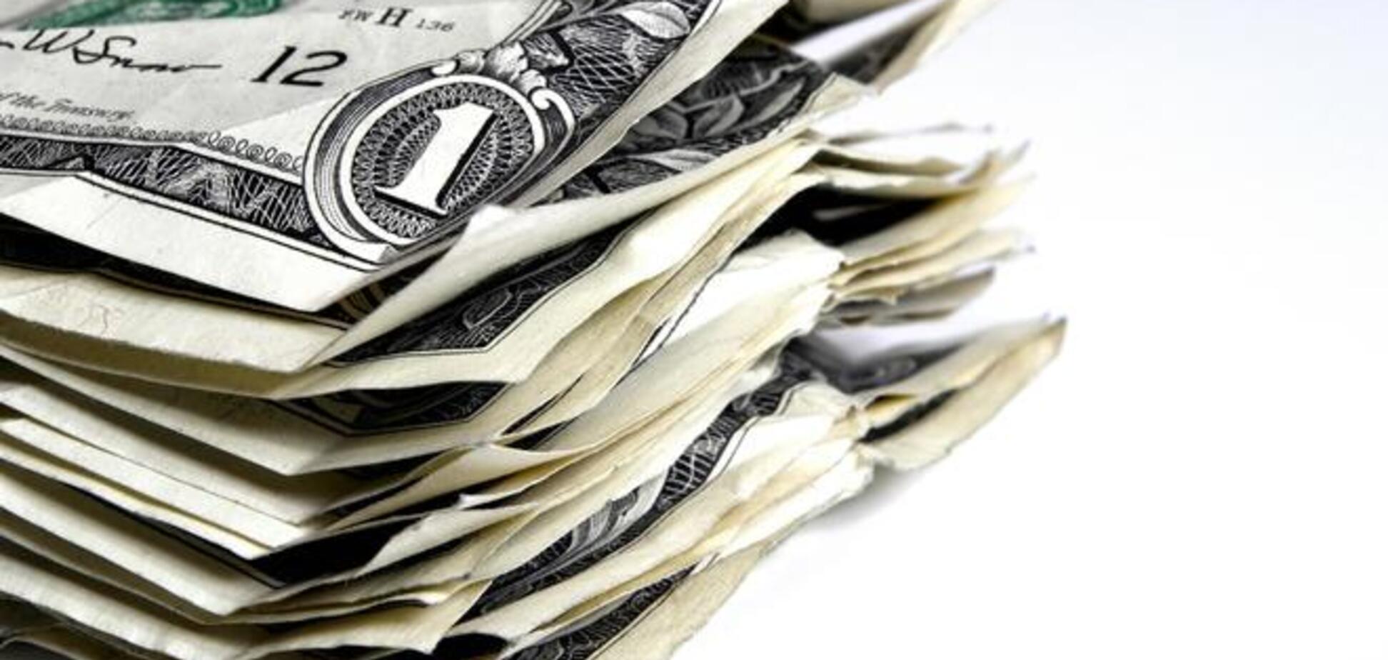 Доллар в Украине уже продают по 12.25 грн