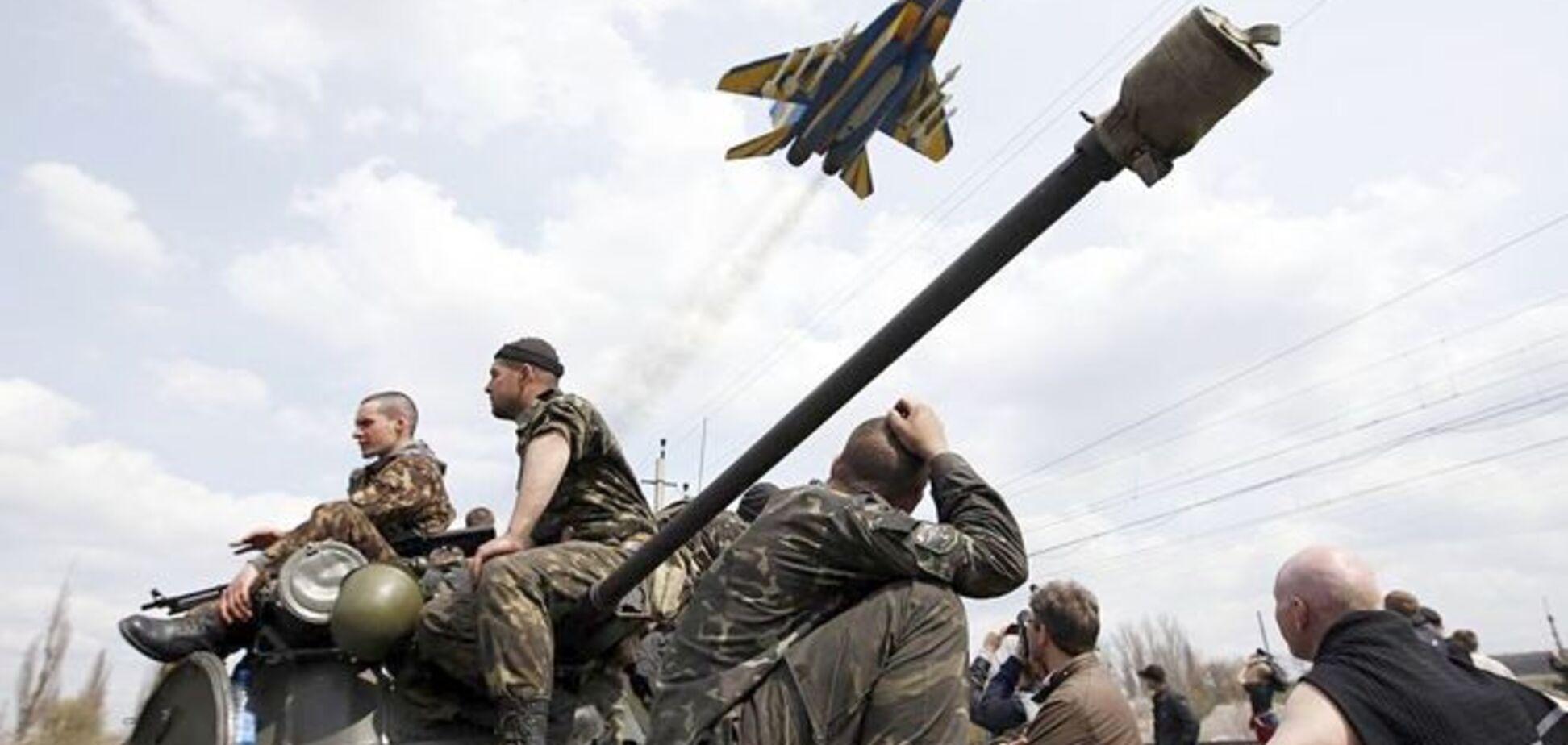 Жители Луганска и Донецка в соцсетях ищут родных и способы выжить