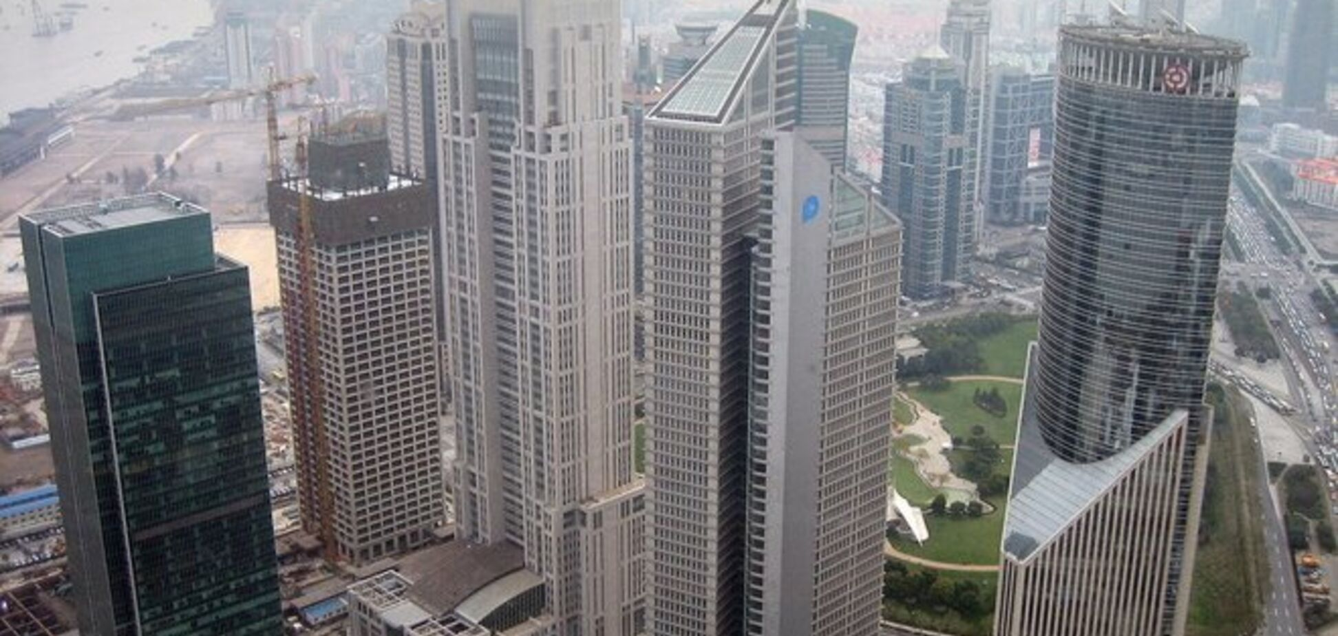 Самые высокие и удивительные небоскребы Китая