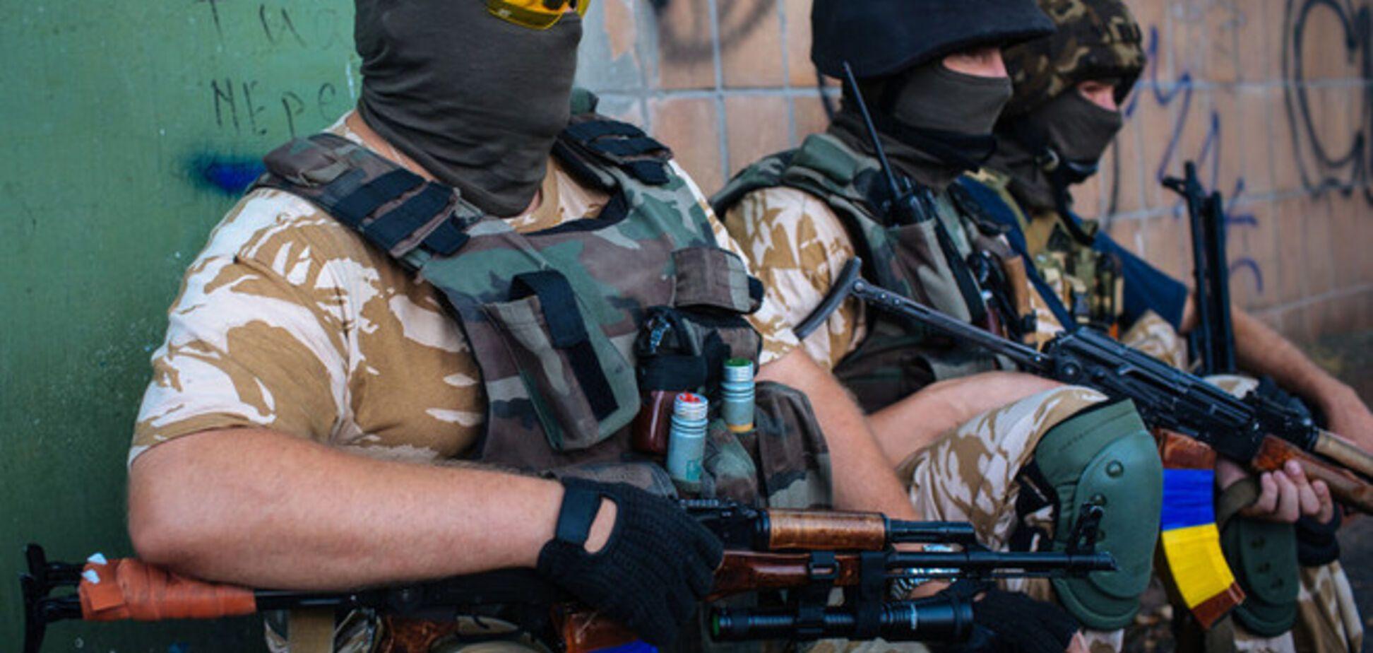 Украинская армия наступает на Донецк, Шахтерск и Иловайск