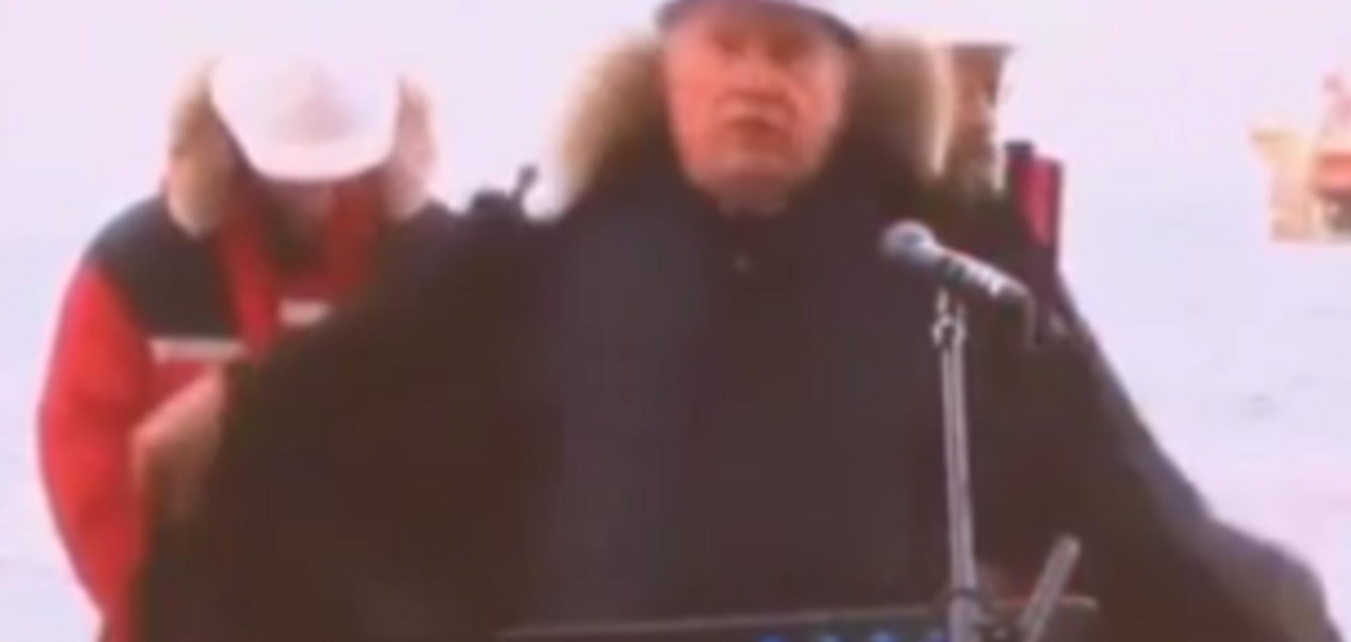 Сечин від страху роздягнувся перед Путіним на морозі