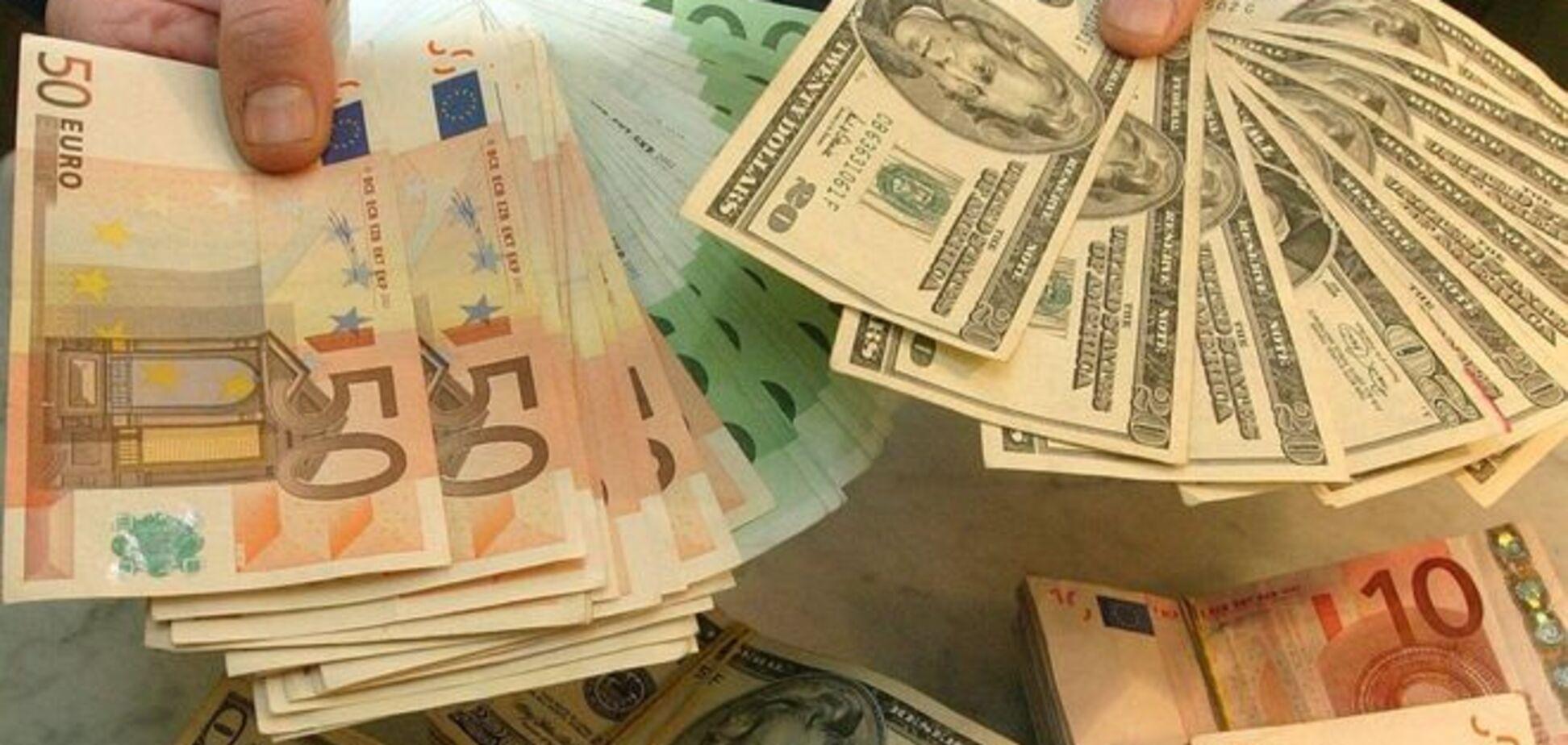 'Военное положение' на валютном рынке