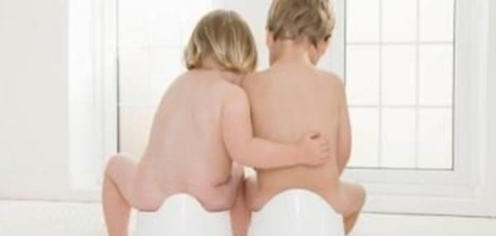 Як привчити близнюків до горщика