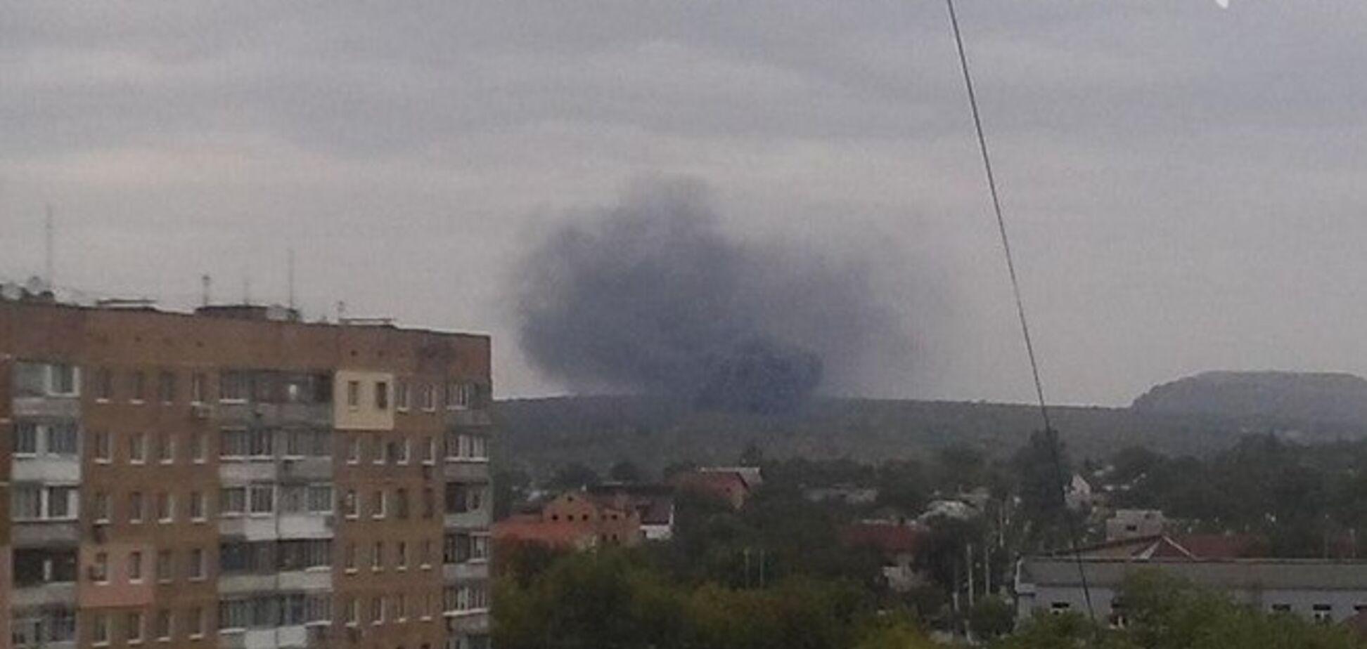 Над Донецком снова видны клубы дыма: опубликованы фото