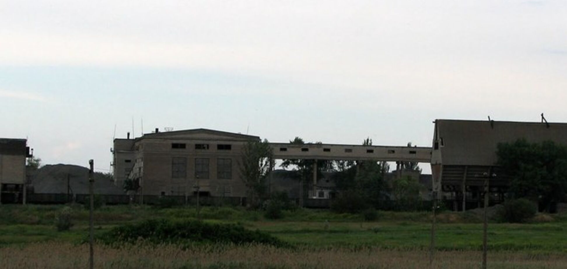 Террористы обстреляли из САУ школу в Гранитном