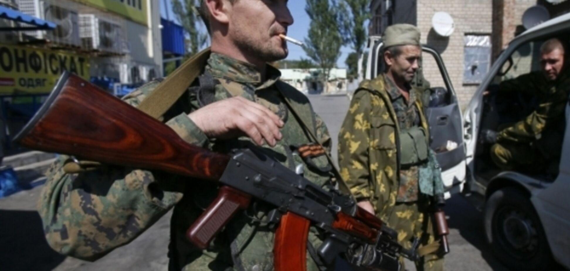 В Донецке террористы похитили двух пассажиров автобуса