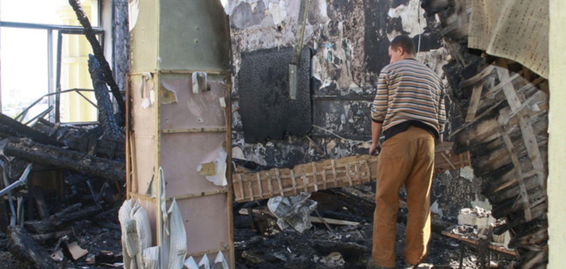 В ряде районов Донецка слышны залпы и взрывы